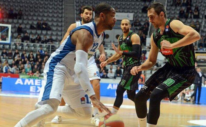 Aktivirana klauzula, Bostik napušta Zadar