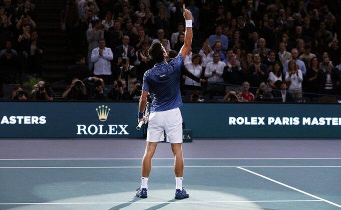 """Kolege """"skinule kapu"""" Novaku, prvi put u karijeri osvojio je OVU nagradu!"""