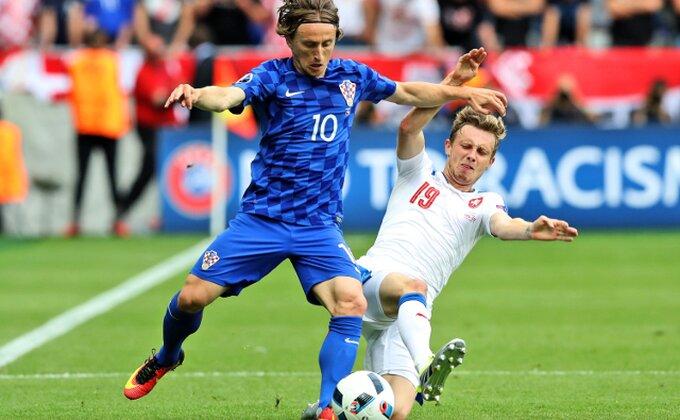 Ma, ko kaže da Modrić nije igrao protiv Španaca?