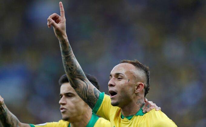 Arsenal na korak od brazilske senzacije!