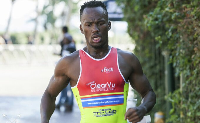Južnoafričkom triatloncu pokušali da odseku noge testerom