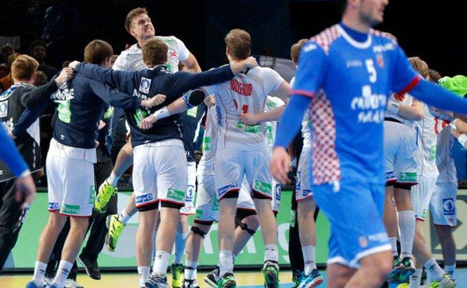 Sjajan meč - Hrvati promašili sedmerac za pobedu, Norveška u finalu!