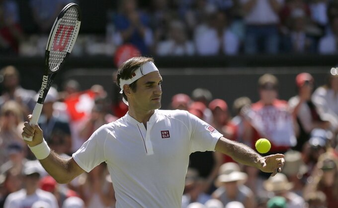 Federer u osmini finala Vimbldona