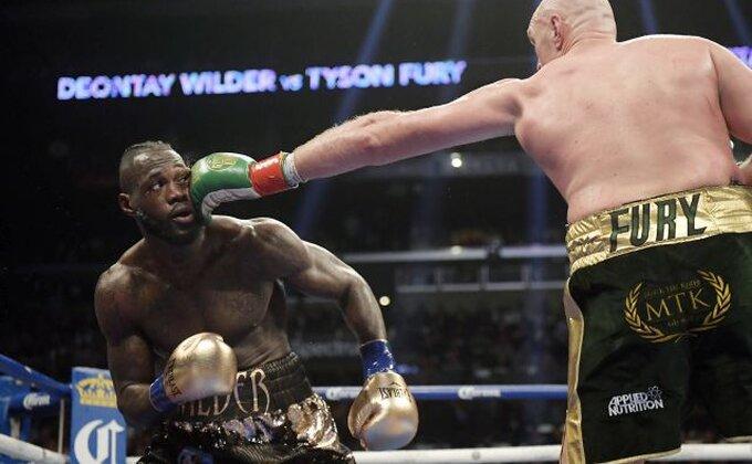 Sve se zakomplikovalo, protiv koga će boksovati Fjuri?!