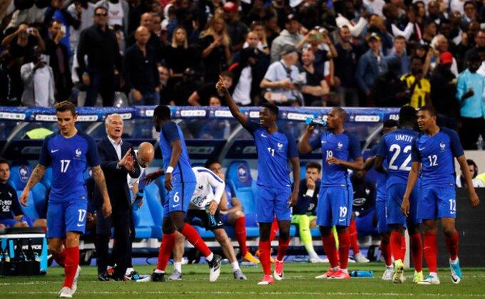 Goleada u Parizu, Francuzi sa desetoricom pobedili Engleze