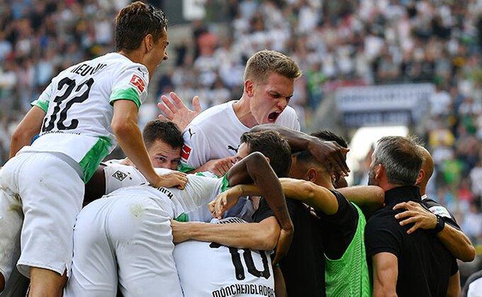 Podrška vašem timu u doba Korone, na samom stadionu? - Nemci imaju rešenje!