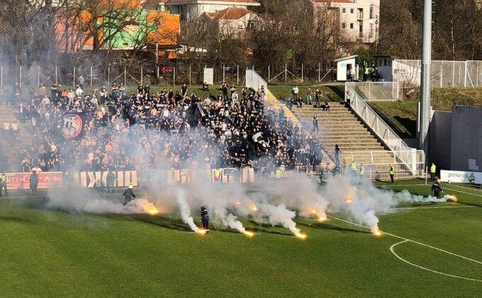 Partizan u naletu, protivnik u ''nokdaunu'', a onda navijači skreću pažnju na sebe...