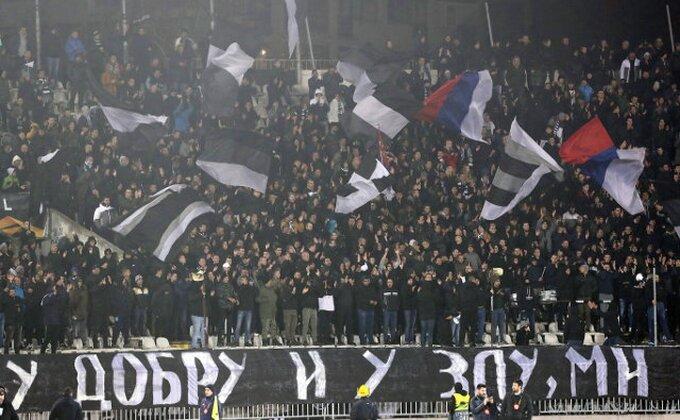 Navijači uglas - Partizan? Očajan! (TVITOVI)