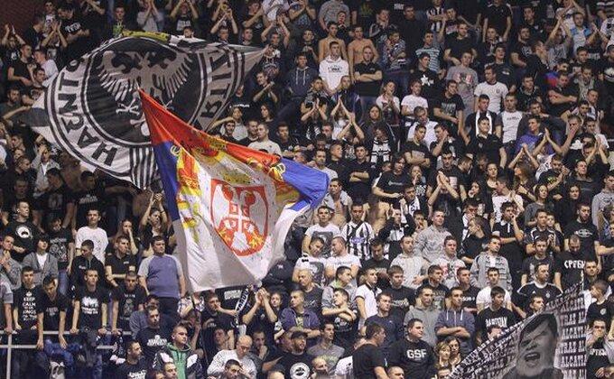 Navijače Partizana boli poraz, ljuti su i na sudije, ali nije sve tako crno!