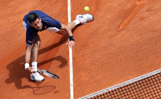 Novak za poraz okrivio i - Sunce