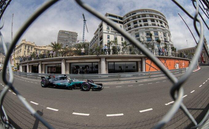 Neverica u Mercedesu, nije im jasno kako su ispustili prvo mesto u Melburnu