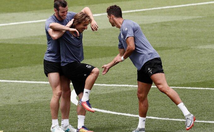 Perez spremio SVAKOM fudbaleru po 1,5 miliona evra za osvajanje LŠ