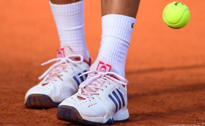 Novak u novoj sezoni sa novim patikama
