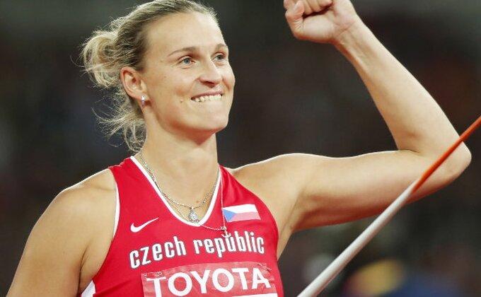 Špotakova svetska prvakinja u bacanju koplja
