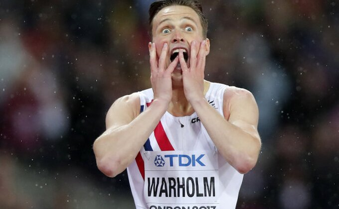Norvežaninu Vorholmu zlato na 400 metara s preponama