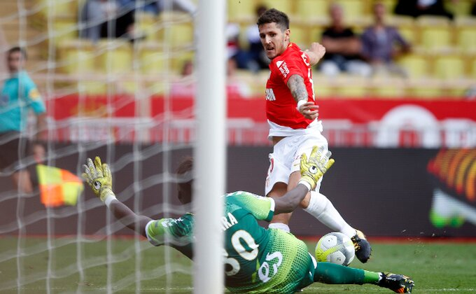 Jovetić drži Monako u borbi za titulu!