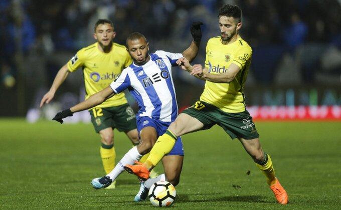 Benfika ponovo u igri - Porto doživeo prvi poraz u sezoni!