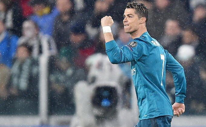 """Nije """"buva"""" - Ronaldo je vežbao makazice pred utakmicu"""