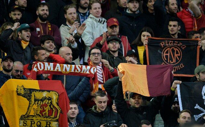 """Zvanično - Napadač napustio Romu, u Rim stiglo pojačanje sa """"Old Traforda""""!"""