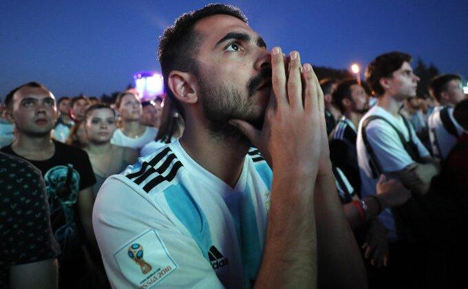 Sukob na stadionu - Argentinci iskalili bes na Hrvatu!