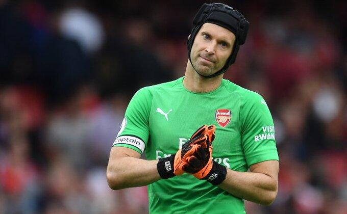 Arsenal potvrdio, evo koliko će pauzirati Peter Čeh