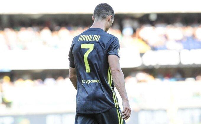 Ronaldo se baš zabavlja na treningu, ismevao voditelja