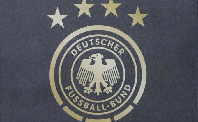Prvi čovek nemačkog fudbala u središtu nacističkog skandala
