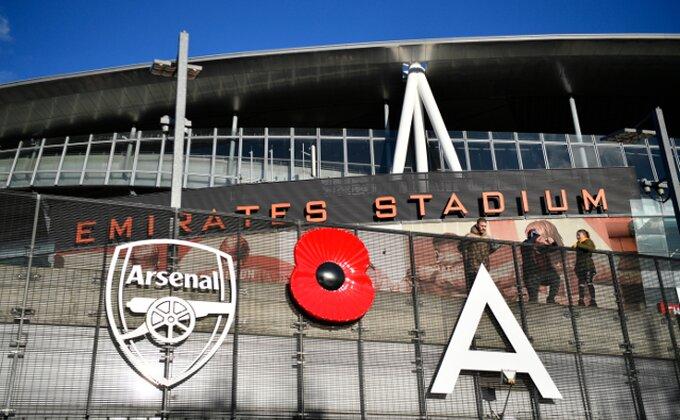 Politika ponovo jača od fudbala, Arsenal je najnovija žrtva!