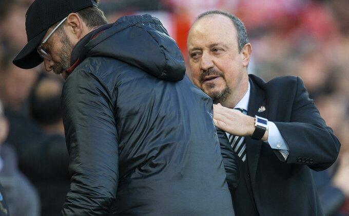 Nestvarno! Benitez se vraća u Liverpul, radno mesto na kilometar od Klopa!