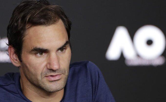 Federer u polufinalu Dubaija