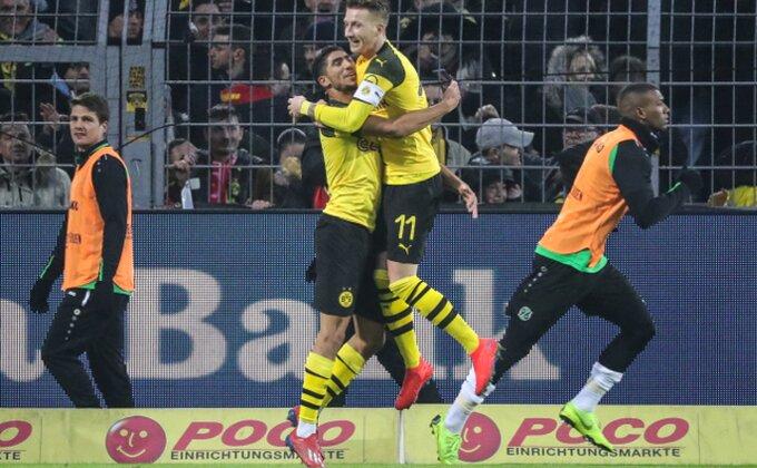 BL - Dortmund ubedljivo čuva vrh, goleada podno Švarcvalda!