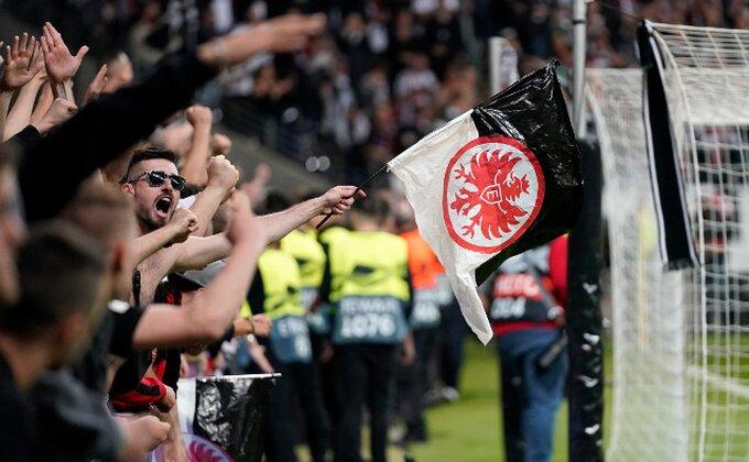 Bundesliga - Frankfurt poveo, a onda je vezista uprskao stvar