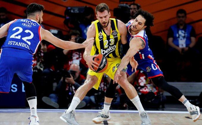 Turska - Gudurić doveo Fener na prag finala