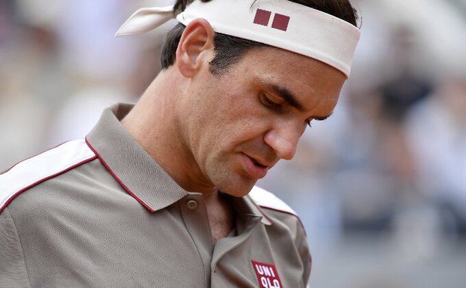 Federerov uspešan start na travi