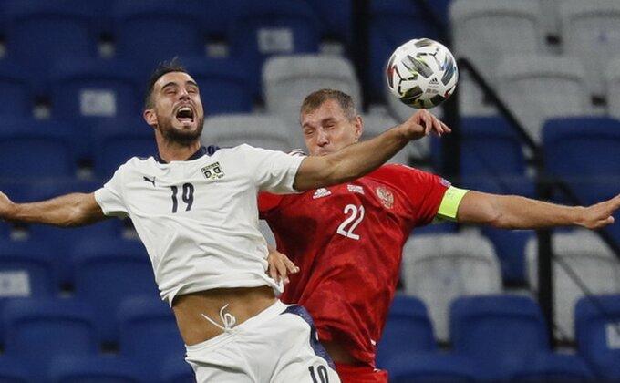 Kakav dan - Milan se baš pretplatio na Srbe!