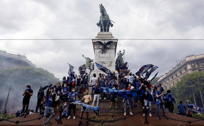 SLIKE DANA - Inter slavi Skudeto!