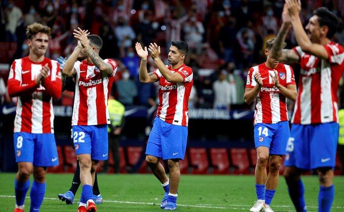 """Foto ubod u Madridu, Suarezov """"poziv"""" so na ranu navijača Barselone!"""