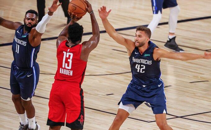 NBA deli nagrade, ko će biti novi MVP?