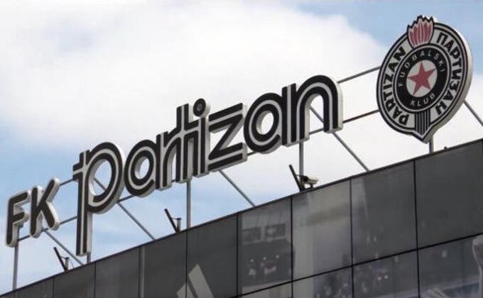Kakva GRMLJAVINA legende Partizana! Crno-beli svedeni ''na nivo zadruge''?!