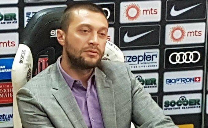 Najčuvanija tajna u Partizanu - Beležnica Ivice Ilieva! Da li je ovo znak da se Evertonu ne ide iz Humske?