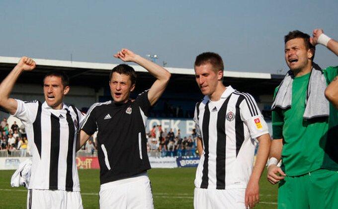 Partizan - Saletu je divan dan...