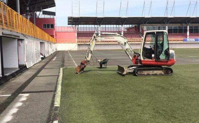 "Generalni sekretar Super lige: ""U novoj sezoni najbolji fudbal na idealnim podlogama!"""
