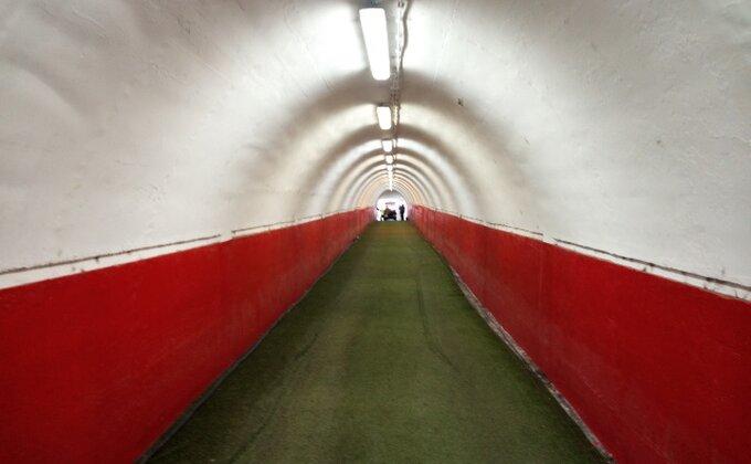 I Švajcarci se plaše Zvezdinog ''zastrašujućeg'' tunela, podsećaju na Mundijal i prenose reči iznerviranog Zeke!