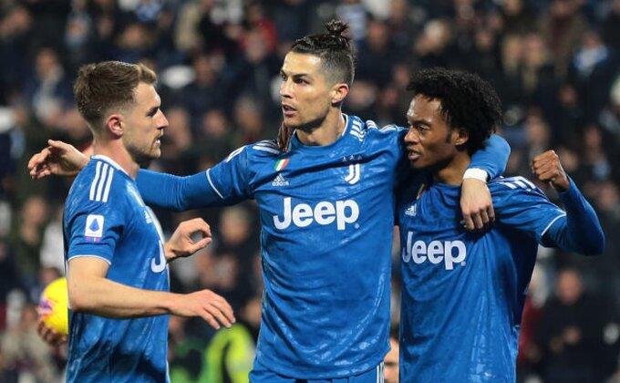 Remzi prvi na treningu, Ronaldo u karantinu