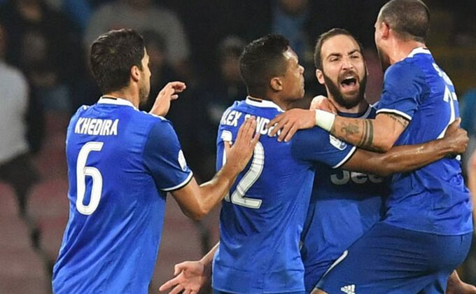 "Gorka napolitanska pobeda, Iguain rasplakao ""San Paolo"""