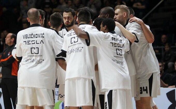Partizan protutnjao Užicem!