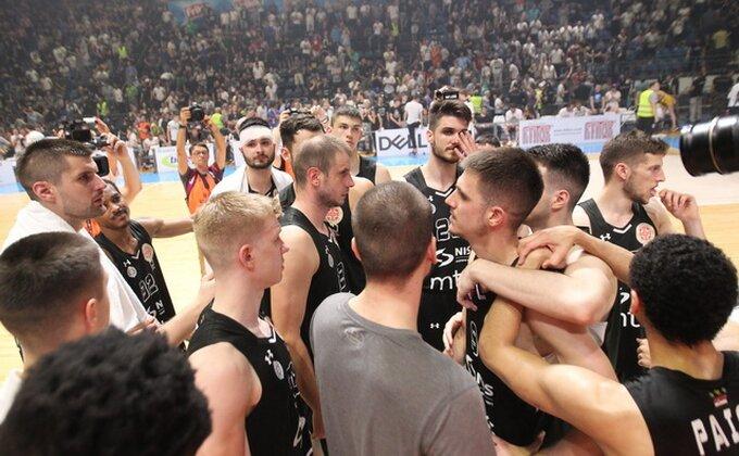 Kako vam se dopadaju Partizanovi novi dresovi? Novica ima zanimljivu poruku
