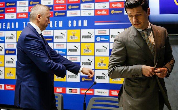 Bukti rat saopštenjima, Javor nazvao Pantelića ''novokomponovanim sportskim radnikom''!