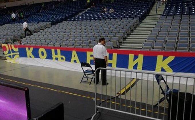 FIBA uporno tera po svom u ''Areni'', srpske muke sa zastavama!