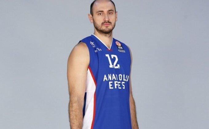 Ovako je Vasileidis presudio Albi!